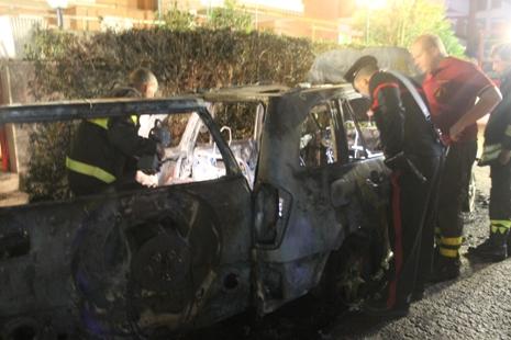 auto incendiata Giustini