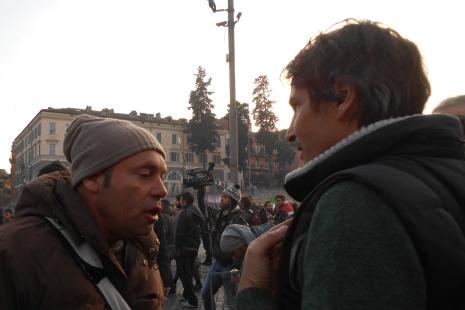 Giordano (a destra) e uno degli aggressori