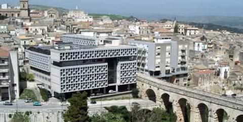 Il Palazzo di Giustizia di Ragusa