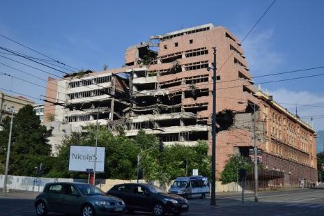 Il palazzo del governo di Belgrado